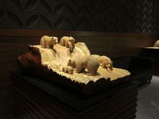 木彫りの熊.jpg
